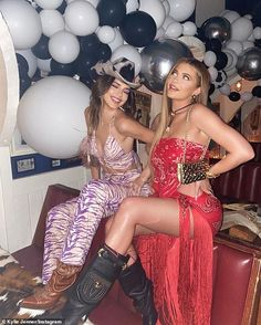 Kylie Jenner shows some leg as she shares snaps with Kendall from inside birthday bash Kylie Jenner Flash, Ropa Kylie Jenner, Trajes Kylie Jenner, Estilo Jenner, Looks Kylie Jenner, Estilo Kardashian, Kendall Jenner Outfits, Kendall And Kylie Jenner, Kardashian Jenner