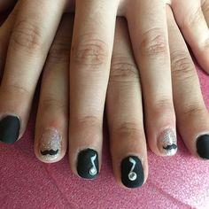 """Mi piace"": 10, commenti: 1 - Debora (@stabilmente_instabile) su Instagram: ""#nail #nails #nailgel #nailart #nailsart #gel #gelnails #gelnailart #black #blackmatt #matt #music…"""