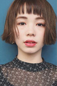 【HAIR】さとうみささんのヘアスタイルスナップ(ID:373590) Cute Haircuts, Girl Haircuts, Medium Hair Styles, Short Hair Styles, Hair Arrange, Short Bangs, Messy Hairstyles, New Hair, Asian Beauty
