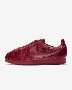 a373fd237a1 Nike Classic Cortez SE Women s Shoe Nike Classic Cortez