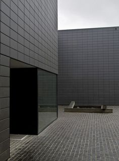 VL  location: Brussels(BE) completion: 2007 client: private program: Private House Bataille & iBens i.s.m.architecten (Koen Pauwels, archite...
