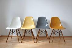 Eames _ HERMAN MILLER _ VITRA, 4x chairs , Stuhle aus Panton 60er Ära #22