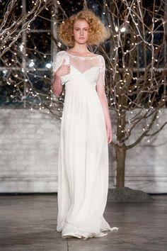 Suknie ślubne 2014: Jenny Packham, kolekcja jesień 2014, fot. Imaxtree
