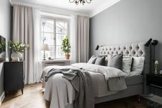 13 Cool Gray Bedroom Ideas to Your Bedroom - Bedroom Design Gray Bedroom, Home Decor Bedroom, Bedroom Curtains, Bedroom Ideas, Long Curtains, Master Bedroom, Bedroom Rustic, Grey Room, Modern Curtains