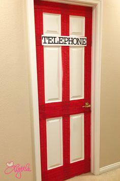 "he{ART} Lyttle: Superhero party DIY ""Telephone booth"" - guest bathroom door transformed"