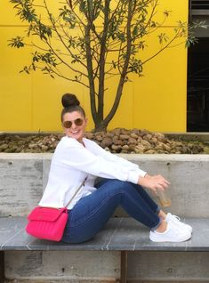 MAXIMIZE YOUR WARDROBE: 14 WAYS TO WEAR HIGH WAIST SKINNY JEANS Curvy Outfits, Simple Outfits, Chic Outfits, Plus Size Summer Outfit, Summer Outfits For Moms, Looks Plus Size, Curvy Jeans, Casual Chic, Chic Chic