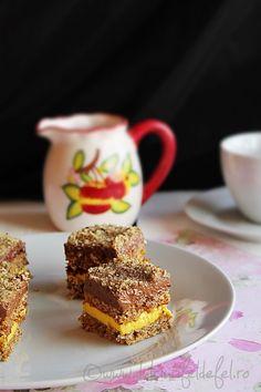 Prajitura cu nuca si crema de vanilie si cacao