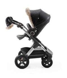 Stokke Trailz and Stokke Stroller Seat with Winter Kit Onyx Black.