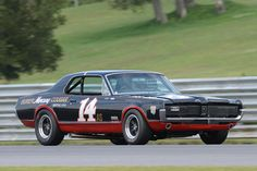 Number 14 1967 Mercury Cougar driven by Ike Keeler Road Race Car, Car Man Cave, Mercury Cars, Ford Classic Cars, Ford Fairlane, Sports Car Racing, Pony Car, Car Advertising, Vintage Race Car