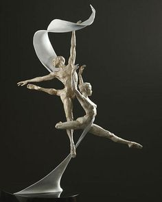 Award for Ballet International Foundation, Oscar for the dance world. The male and female dancers fly through the air supported by a ribbon made of bronze and stainless steel. Seven feet tall, three quarter life-size figures, large version. Modern Sculpture, Bronze Sculpture, 4 Elements, Art Plastique, Ancient Art, Installation Art, Oeuvre D'art, Art Forms, Amazing Art