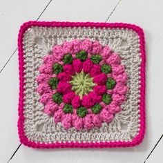 very pretty square, tutorial - Connie's Garden by Signed With an Owl ..★ Teresa Restegui http://www.pinterest.com/teretegui/ ★..