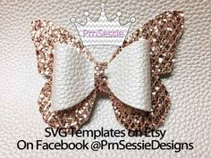 Best 12 Create adorable custom hair bows with this FREE SVG file and Printable PDF. Use your Cricut machine or cut them by hand. Get the free pattern now! Handmade Hair Bows, Diy Hair Bows, Diy Bow, Bow Hair Clips, Ribbon Hair, Hair Bow Tutorial, Flower Tutorial, Fabric Bow Tutorial, Bow Template