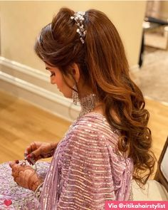 Puffy Ponytail Hairstyles That Indian Brides Are Getting Ob – WedBook Messy Ponytail Hairstyles, Open Hairstyles, Bride Hairstyles, Hairstyle Ideas, Puffy Ponytail, Hairdos, Hairstyles For Bridesmaids, Fuller Ponytail, Ponytail Ideas