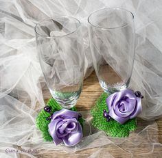Wedding toasting champagne glasses flutes decorated by gunadesign