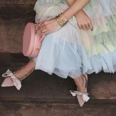 Click through for details! #tulle #holidaystyle #rainbow