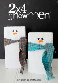 2x4 Snowmen Tutorial at GingerSnapCrafts.com