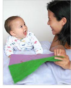 2 juegos para estimular el desarrollo y habilidades en bebés de 8 meses y 1 semanas.