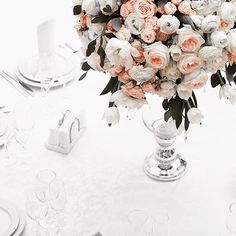 We love a statement floral! 🌹#living for these St. David's #rose #floral #centrepiece 🌷#love #melbourne #beautiful #style #styling #design #event #eventstyling #eventdesign #decor #wedding #weddings #victoria #australia #events @mode.events.au