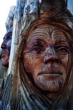 Funny pictures about Awesome Maori Carving. Oh, and cool pics about Awesome Maori Carving. Also, Awesome Maori Carving photos. Tree Carving, Wood Carving Art, Wood Carving Faces, Art Sculpture En Bois, Sculpture Garden, Tree People, Tree Faces, Wooden Art, Green Man