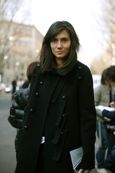 Emanuelle Alt - side bang inspiration