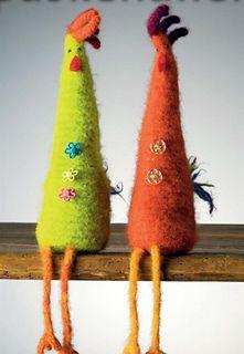 Høyde ca 25 cm etter toving. Felt Crafts, Easter Crafts, Diy And Crafts, Needle Felted Animals, Needle Felting, How To Make Toys, Felt Birds, Easter Crochet, Crochet Books