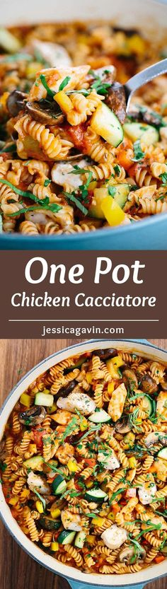 Easy One Pot Chicken Cacciatore Pasta - A quick and delicious Italian recipe that serves up lean white meat and fresh vegetables with tasty marinara sauce. | jessicagavin.com