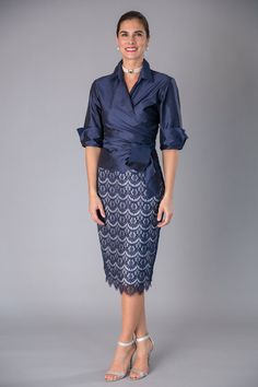Navy Blue + Silver is classic and elegant for the mother of the bride/ groom for a cocktail, beach, boho, country, rustic, formal wedding and rehearsal dinner in Spring/ Summer and Fall/ Winter | Mother of the Bride / Groom Dresses  #livingsilk #celebrateinsilk #puresilk #motherofthebridedresses #motherofthegroomdresses#weddingideas