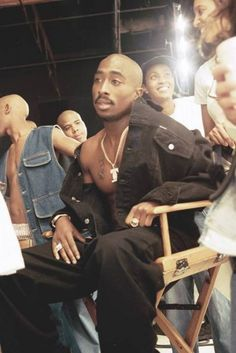 40 Trendy Fashion Men Hip Hop Tupac Shakur – Fashion Ideas And Suggestions Tupac Shakur, Fashion 90s, Hip Hop Fashion, Trendy Fashion, Tupac Quotes, Tupac Poems, 90s Quotes, Lyric Quotes, Movie Quotes