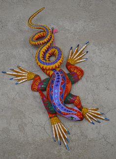 Alebrije lizard, studio of Zeny Fuentes & Reyna, San Martín Tilcajete, Oaxaca, Mexico