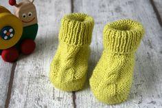 Babyschühchen gelb Baby Socken Schuhe fürs Baby von hemstickat