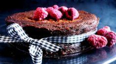 täyteläinen suklaakakku, ilman jauhoja
