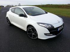 ♡❤ ❥  New Renault sport Megane, a superb hot hatch @renaultireland   #automfg via #chatwrks
