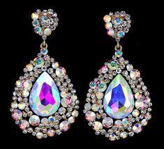 Diamond Earrings With Style! Pageant Earrings, Big Earrings, Stone Earrings, Small Diamond Rings, Diamond Studs, Platinum Earrings, Diamond Earrings, Fashion Jewelry, Women Jewelry