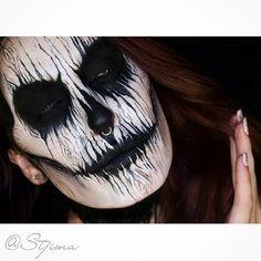 Halloween makeup skull tree