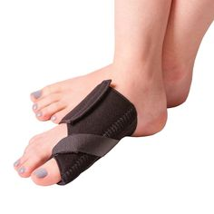 Soft Bunion Splint Brace for Big Toe Alignment & Hallux Valgus Pain Relief - Left S Broken Big Toe, Turf Toe, Bunion Pads, Bunion Surgery, Knock Knees, Knee Osteoarthritis, Hammer Toe, After Surgery, Feet Care