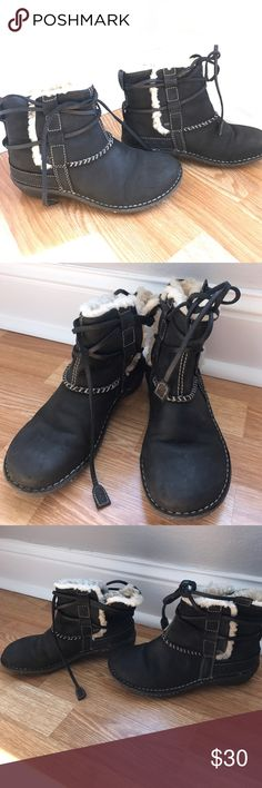 Authentic UGG ankle boots Leather and genuine sheepskin. Rubber sole. Wrap-around leather strap ties. UGG Shoes Ankle Boots & Booties