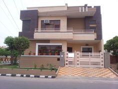 Sifti Properties is one of the best real estate firms in Faridabad. We are dealing in residential properties example like plots, villas, house, kothi, bungalows and more properties for sale in Faridabad.