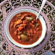 Hungarian goulash with pinto beans, chestnut mushrooms, cucumber and roasted veggies :) Vegan Vegetarian, Vegetarian Recipes, Pinto Beans, Goulash, Chana Masala, Superfoods, Cucumber, Pear, Soups