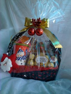 ... IDEAL on Pinterest Gift hampers, Chinese new years and Hampers