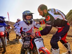 Kids Motocross join your adventure now! Motocross Maschinen, Honda, Coaching, Trainer, Sport, Adventure, Hats, Material, Join