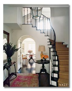 Find out what makes this foyer so grand {BESIDES its size}, via interior designer @FieldstoneHill Design, Darlene Weir Design, Darlene Weir