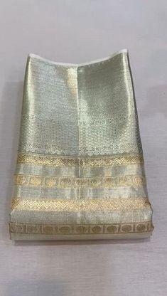 Pattu Sarees Wedding, Designer Sarees Wedding, Designer Silk Sarees, Half Saree Designs, Silk Saree Blouse Designs, Bridal Blouse Designs, Bridal Sarees South Indian, Bridal Silk Saree, Bridesmaid Saree