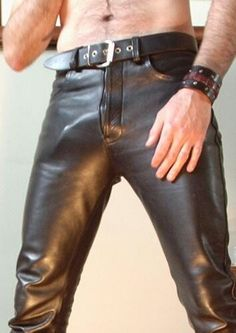 Gay Hard Cock Bulge in Pants Men In Tight Pants, Tight Leather Pants, Leather Trousers, Leather Fashion, Mens Fashion, Leder Outfits, Gay, Lederhosen, Skin Tight