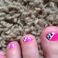 Cute nail designs!! Pink with a white polka dot pattern and black background