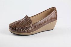 Evenly Shoes www.evenlyshoes.com / Mona +8613632387785 / #heel #fashionshoes #dressshoes #eveningshoes #shoeswholesale #Court #partyshoes #chinashoes #Fashionshoeswholesale / #الجملةأحذية/ #Оптоваяобувь / #shoesGrosir / #Toptanayakkabı / #zapatos / #sapatasporatacado / #scarpeallingrosso / #kasutborong