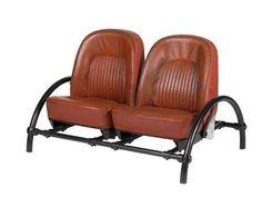 """Un canapé """"Rover Two-Seater 3,5 Litre"""", conçu par Ron Arad,"""