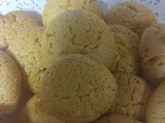 Newark, Delaware: the almond cookie at Bing's Bakery