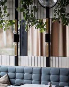 Trendy Ideas For Banquette Seating Restaurant Architecture Restaurant Banquette, Restaurant Booth Seating, Deco Restaurant, Cafe Seating, Vintage Restaurant, Public Seating, Vintage Interior Design, Restaurant Interior Design, Restaurant Interiors