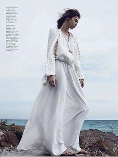 Model Anaïs Pouliot for L'Officiel Paris | Photographer: Hannah Khymych | Styled by: Vanessa Bellugeon // #editorials