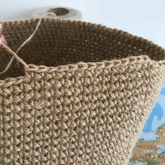 Market Baskets, Diy Crochet, Hobbies And Crafts, Straw Bag, Knitting, Pattern, How To Make, Handmade, Inspiration